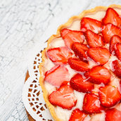 Homemade Strawberry cake wallpaper